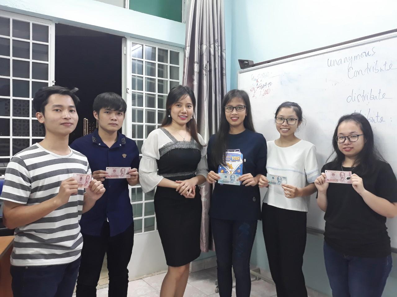 toeic-msngoc-lop-basic-toeic-sang-t7-cn--chuan-phat-am-khai-giang-22092018-84